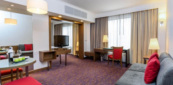 guest-rooms-junior-suite-1-2