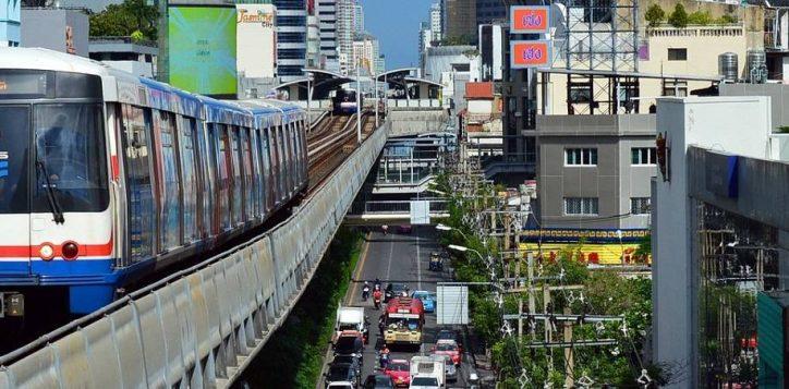 hotel-in-bangkok-with-skytrain-access-2